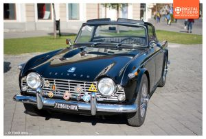 13 Triumph TR4 foto Digital Studio
